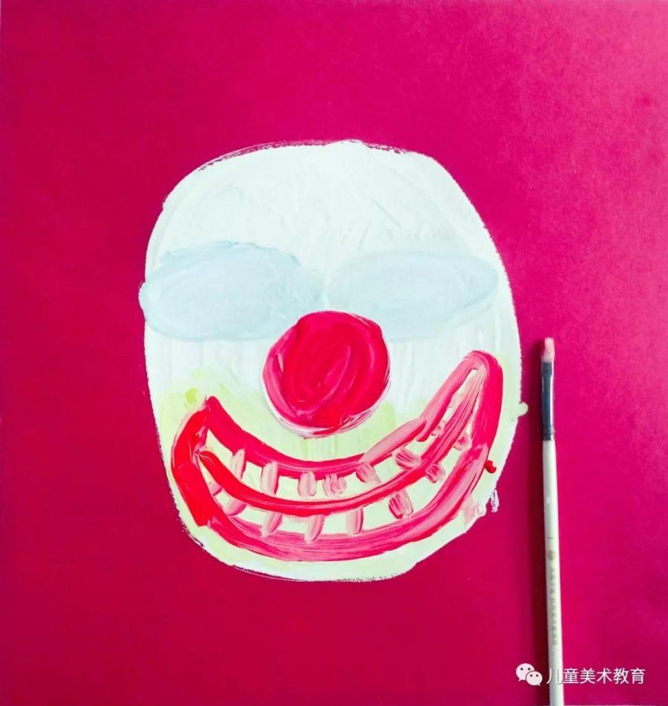 第三步:畫出小丑的嘴巴和鼻子