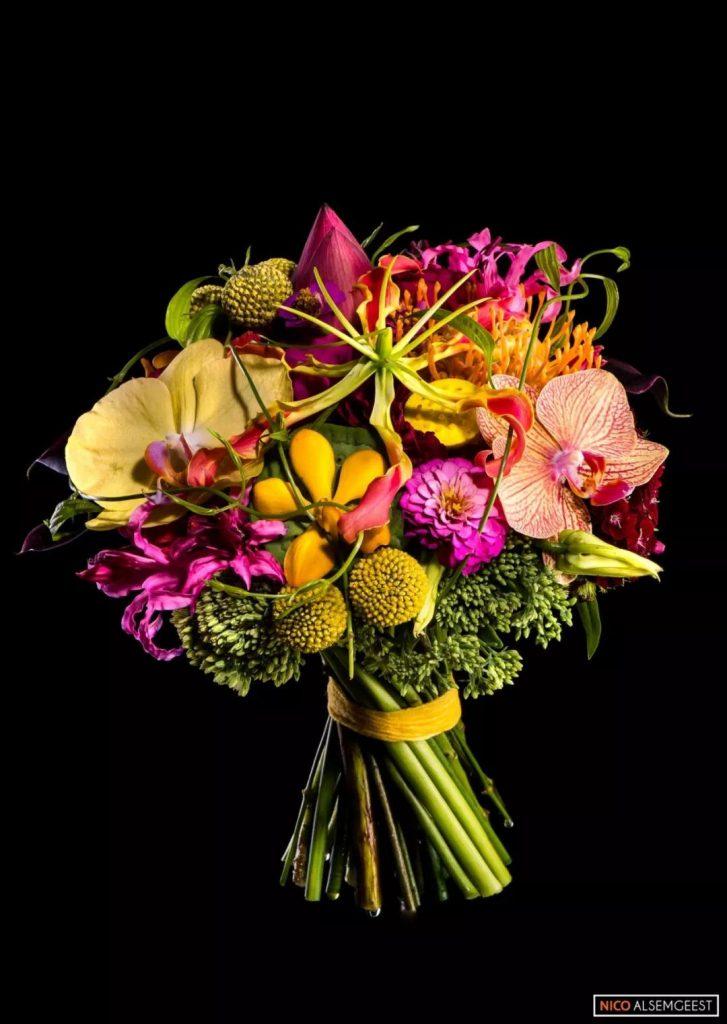 花藝 設計是一種具有生命力的藝術形式。
